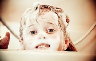 Helping to Remove Lice Effectively and Safely - Use Sulphate free shampoo
