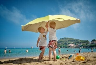 Preventing A Heat Stroke: How To Protect Your Child From The Sun?
