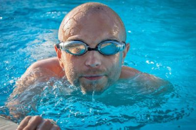 How to burn more calories at the pool
